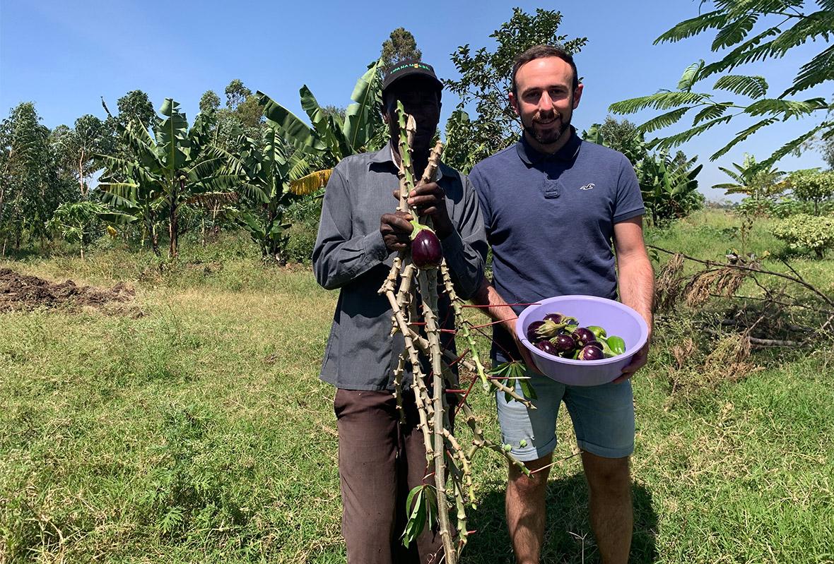 Patrick beim Farming Project in Kenia