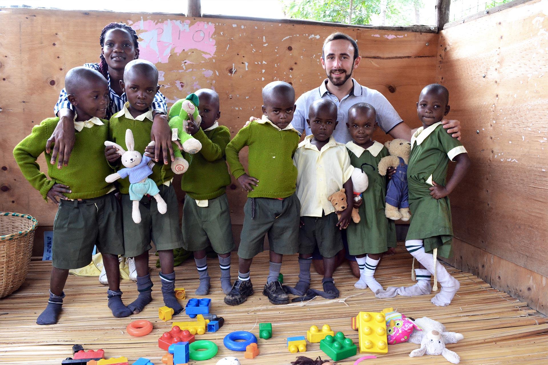 Gruppenfoto der Happy Kids Baby Class
