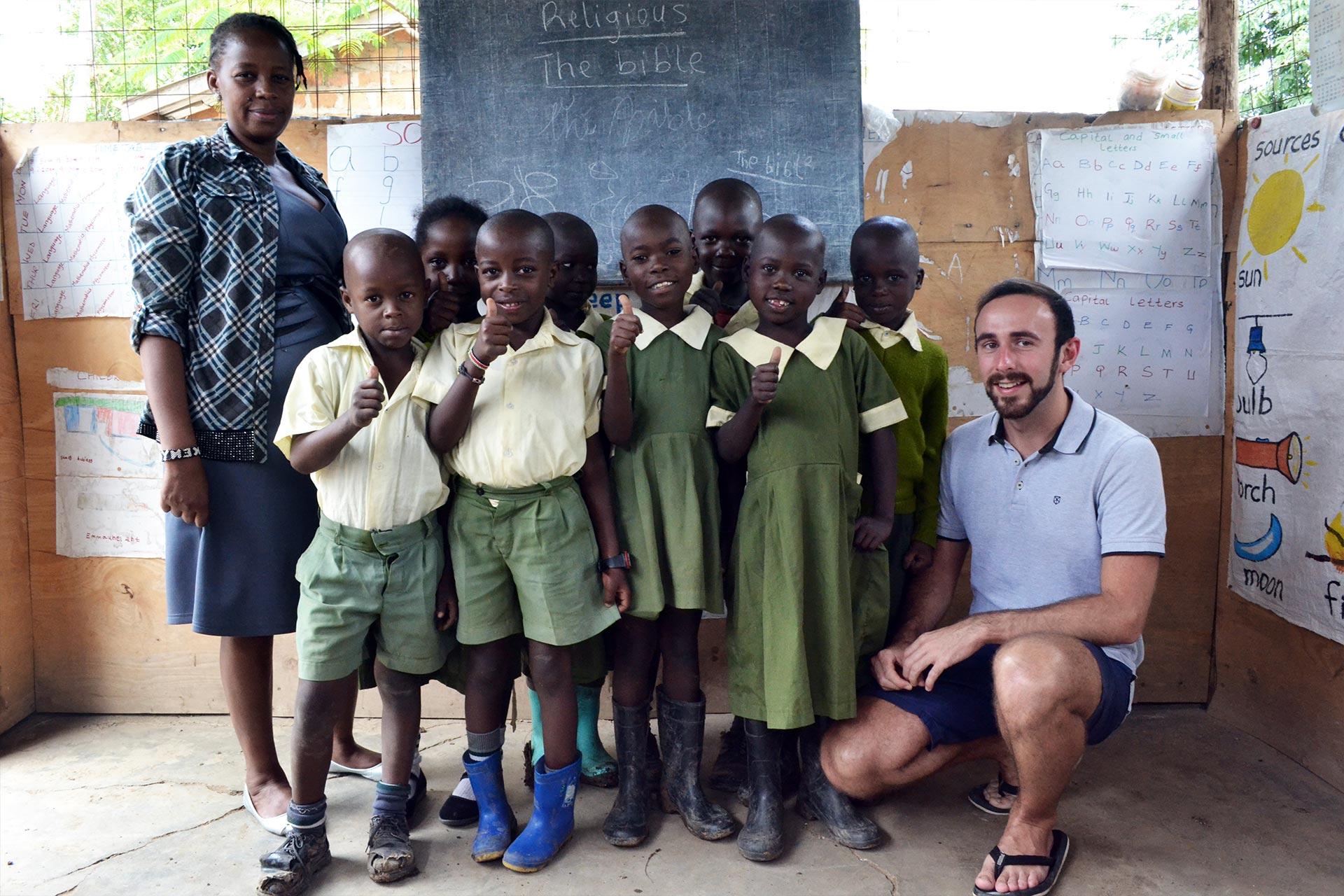 Gruppenfoto der Happy Kids Vorschulklasse 2