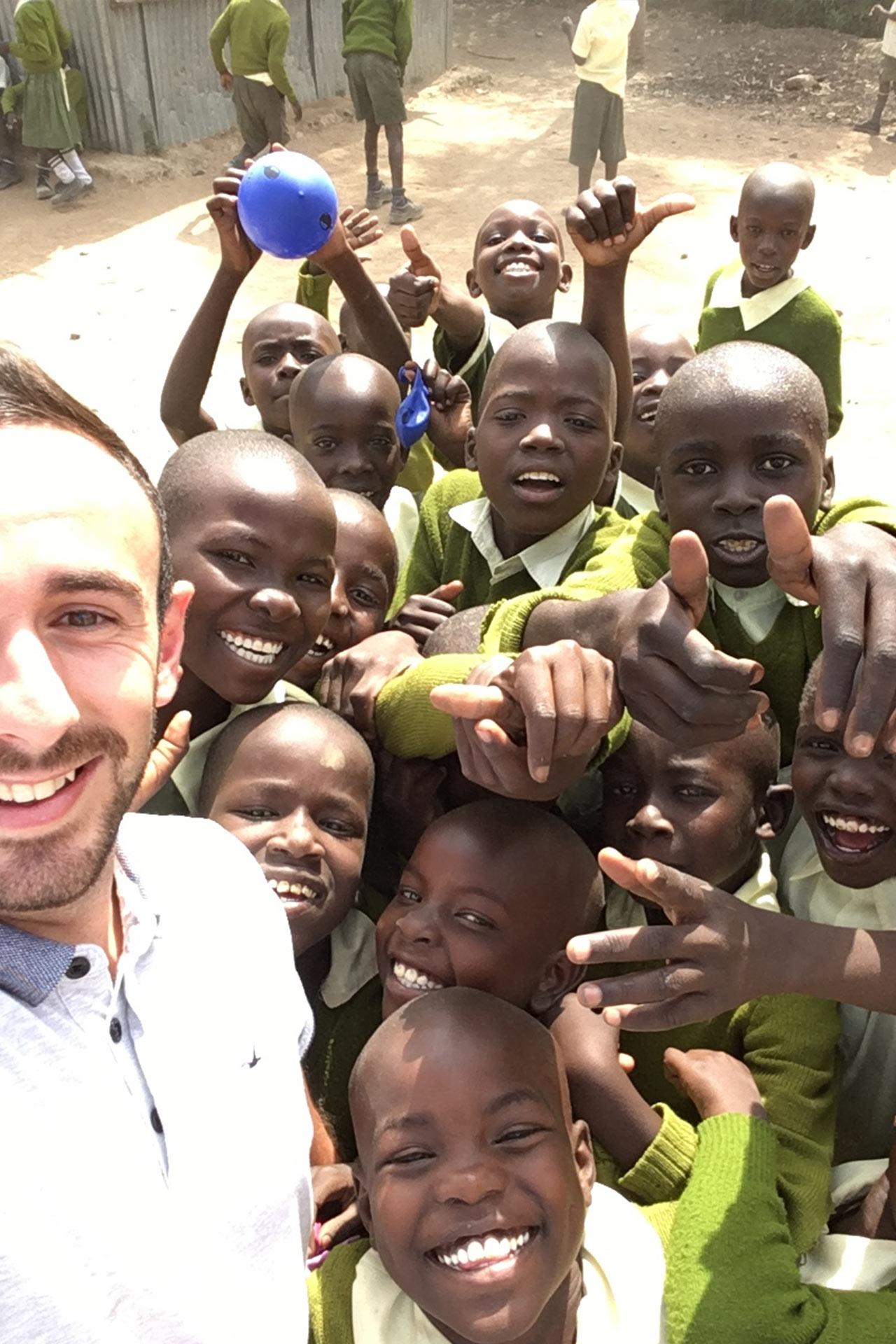 Happy Kids - Spaß mit einem Selfie